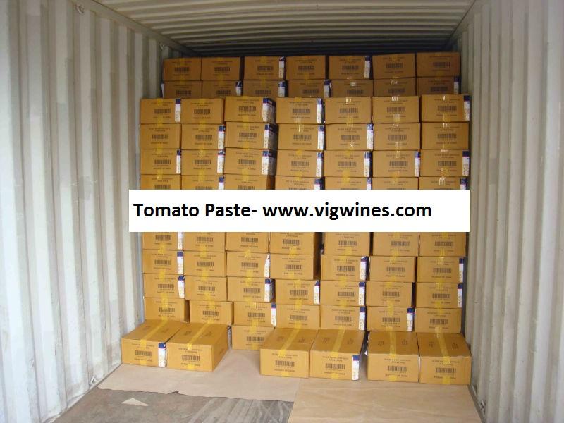 container tomato paste