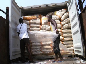 Photos showing the stowage of bags in the container