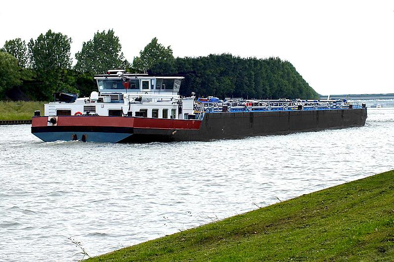 River transport – Vigwines Group